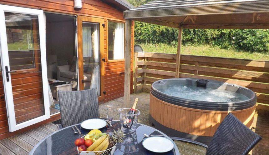 Lognor Wood Hot Tub