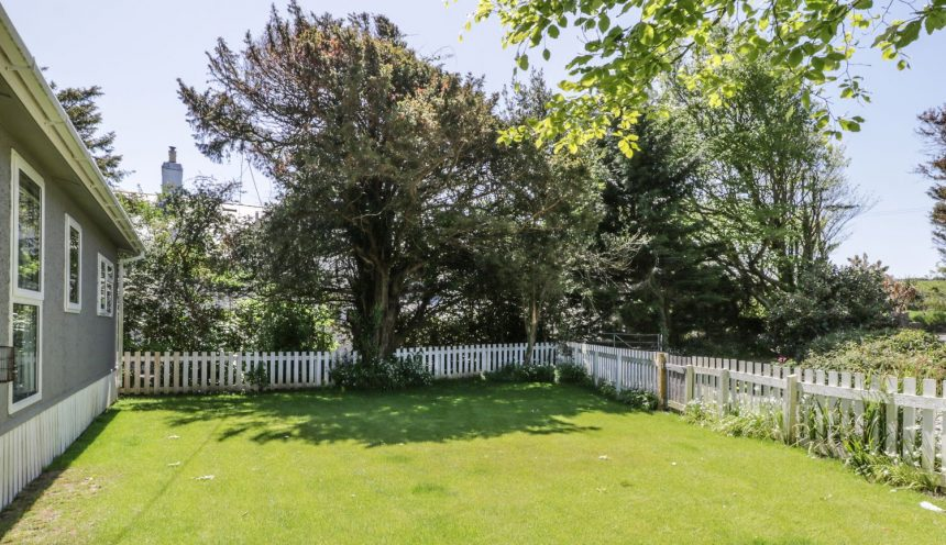 Orchard Lodge Yard